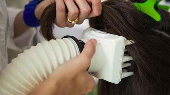 Close up view of the heated air device for dehydrating head lice